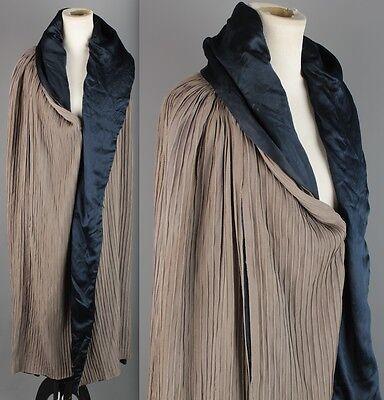 VTG 1920s Cotton Twill Pintuck Gray Cape w/ Blue Satin Lining #1700 20s Cloak