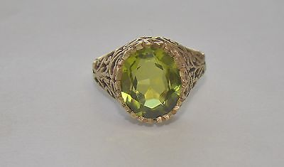 Vintage 10k Yellow Gold Openwork Green Stone Ring - Size 6 - 4.65 Grams