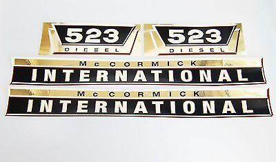 Aufklebersatz gold Aufkleber / Decal Kit / Emblem für Mc Cormick Case IH/IHC 523