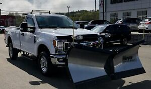 2017 Ford F-250 2017 Ford F-250 - 4WD Reg Cab 142  XLT with Plow