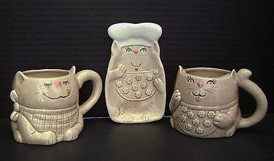 Vintage Enesco 1982 Japan 2 Cat Coffee Mugs / Tea  Cups & 1 Dish