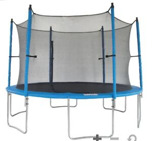 Trampoline safety enclosure net