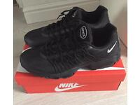 Mens all black Nike air max 95 ultra trainers size 10