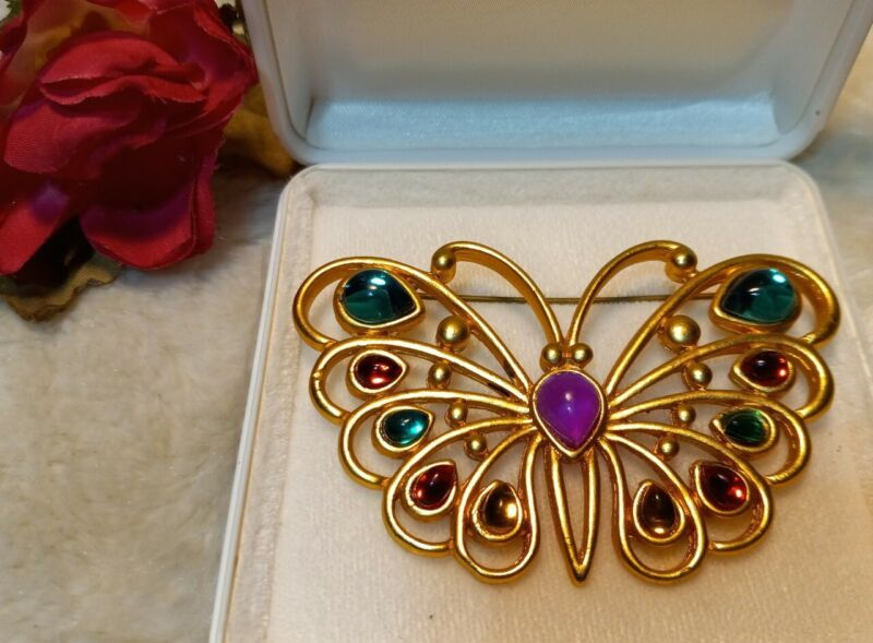 Vintage Statement Butterfly Figural Cab Stone Matte Gold Tone Brooch Pin