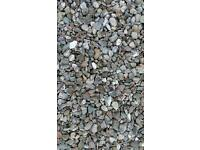 gravel / decorative stones