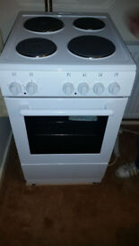 NewWorld Freestanding 50cm electric cooker for sale