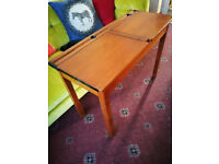 'Old school@ style desk