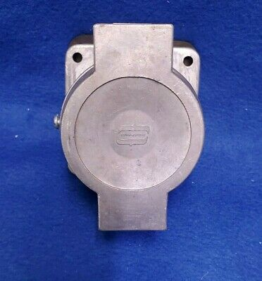 Crouse Hinds Ar341 Arktite Receptacle Spring Door 30a4pole4w 600vac250vdc