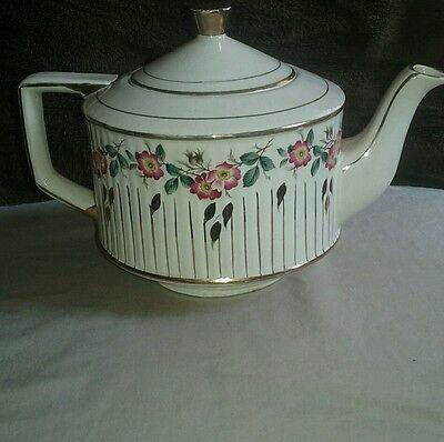 Beautiful Vintage Sadler Teapot England