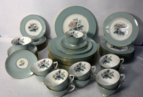 ROYAL WORCESTER china WOODLAND pattern 60-piece SET Service for 12 Place Setting
