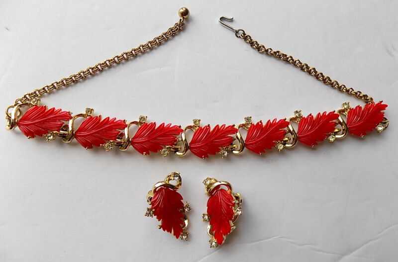 Vintage Red Leaf Plastic Thermostat Necklace and Earrings Set Clip On