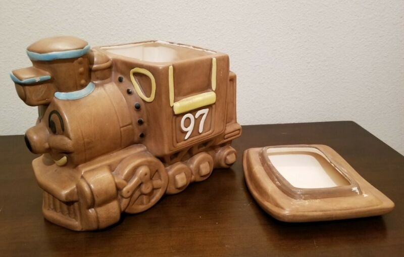 Twin Winton Train Smiling Steam Engine #97 Ceramic Cookie Jar