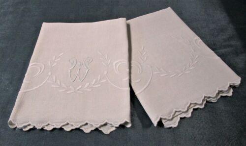 Pair Lovely Antique Nubby Linen Towels Embroidered Fleur de Lis Scalloped Edges