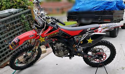 2007 Honda CRF250R dirtbike - top end rebuild