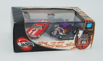 100% Hot Wheels - Route 66 Rendezvous Limited Edition 2 Car Set