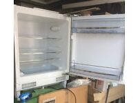 Integrated Fridge w 600mm (standard)