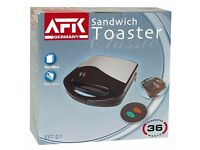 Sandwich Toaster, Two Slice Non Stick, black and chrome, AFK Germany