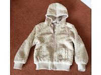 Girls jacket aged 8 to 9