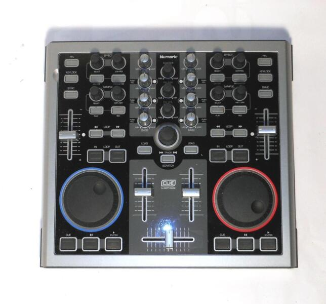 numark total control dj equipment dj controller usb in berlin neuk lln musikinstrumente. Black Bedroom Furniture Sets. Home Design Ideas
