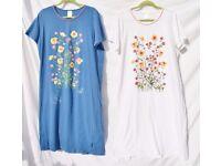 """x2 Matching Ladies UK 22/24 Blue & White + Flowers Nighties C49-50"""" & L43"""""""