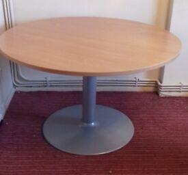 LARGE TABLE - OFFICE MEETINGS