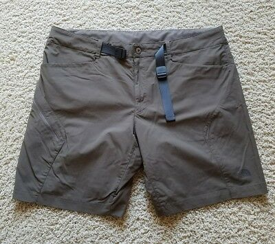 EUC Men's The North Face Fishing Hiking Camping Nylon Cargo Shorts SZ 40 Brown