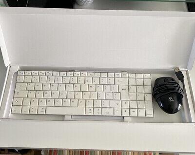 iWantIt Wireless Bluetooth Keyboard and Logitech Wired Mouse - Apple UK Layout