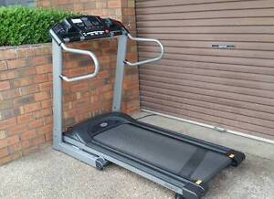 Great Value Omega GT Horizon treadmill Illawong Sutherland Area Preview