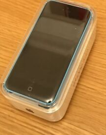 iPhone 5c Black blue unlocked with box & charger