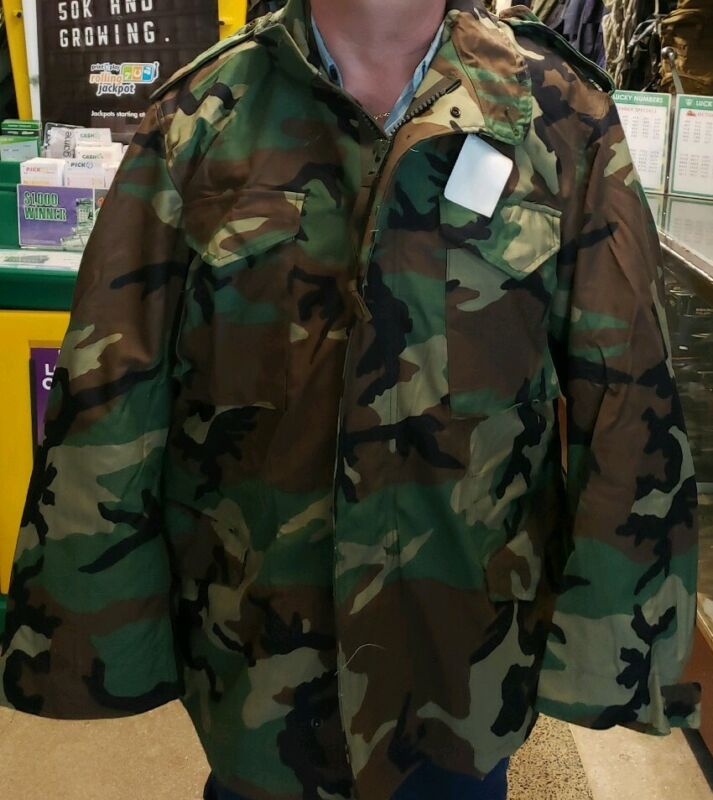 Government Issued Woodland Camo Field Jacket X-Large  Regular