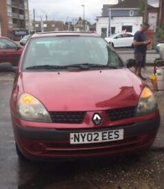 Clio burgundy 1149cc LOW miles 85k long mot until summer next year
