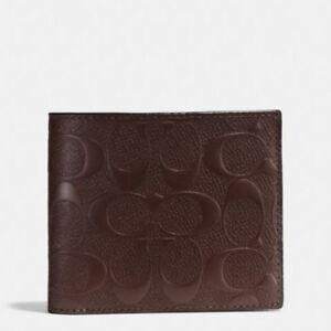 Brand New Coach Compact Wallet in Signature Crossgrain Leather