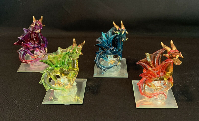 Set of 4 Glass Dragons on Mirror Bases (DR38)