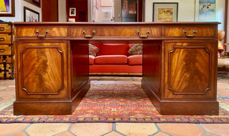 19th Century English Antique Mahogany Executive Partners Desk, Leather Top