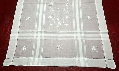 Vintage Linen Table Mat Centre Runner - White Cotton - Floral - Tablecloth