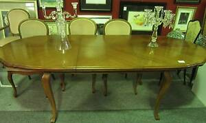 TOP QUALITY PRE-LOVED FURNITURE Runaway Bay Gold Coast North Preview