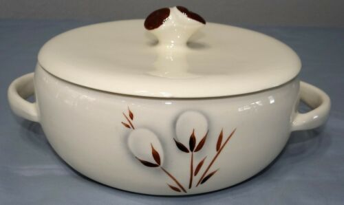 MCM Winfield Ware PUSSY WILLOW 2 QT Covered Casserole Dish Vegetable Bowl Vtg