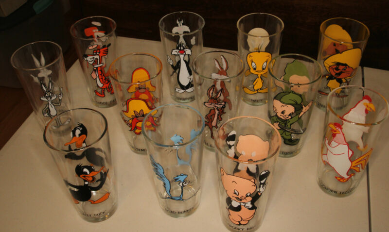 1973 Pepsi Looney Tunes Pint Glases *Vintage* Set of 12(Bugs,Daffy,Tweety,ect)