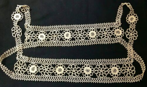 Vintage Rare Tatted LaceYoke Dress Front Intricate Floral Motif