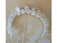 VINTAGE 1940 /1950 Ivory Wax Flower Head Dress Floral Diamante Tiara Veil Wedding Bridal Antiques