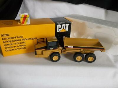 MIB NZG#413 Caterpillar D250E Dump truck 1:50 Diecast Model Launch Edition #0094