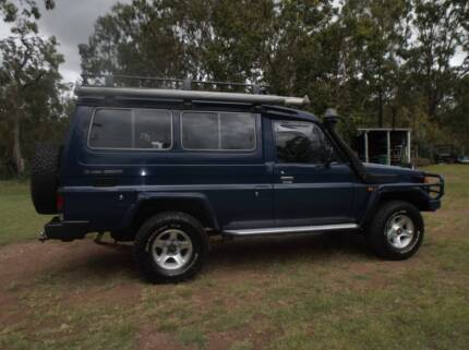 Toyota Landcruiser Troupe Carrier