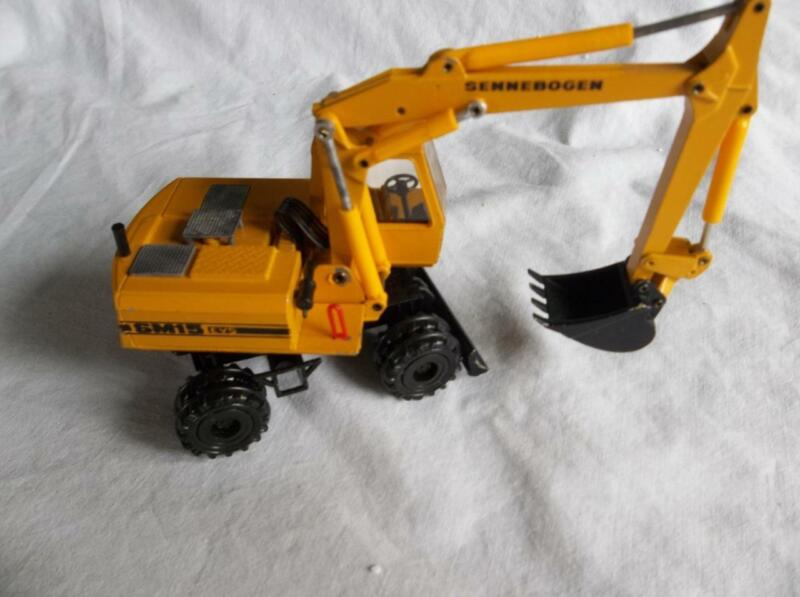 Conrad 2817 Sennebogen SM15 EVS Wheeled Mobil Excavator 1:50 Scale  Used