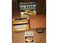 Petite international child's typewriter -working