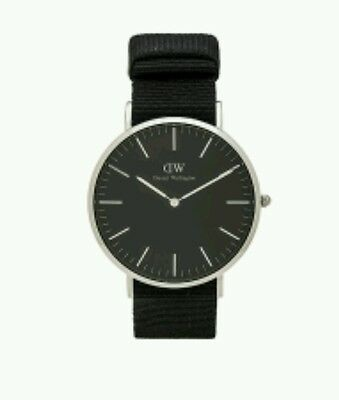 Daniel Wellington Classic Black Cornwall Men's- Gold Hardware