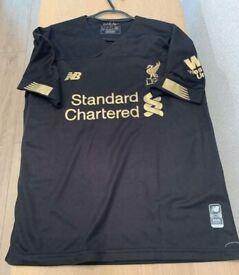 BNWOT replica Liverpool Fc 19/20 goalkeeper shirt size small mens