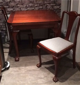 Very Old Vintage Extending Table & 4 Chairs