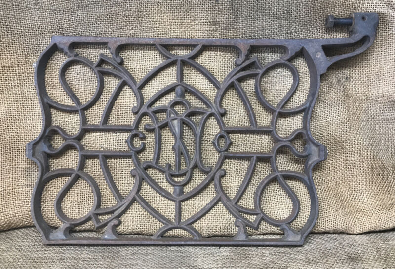 Antique DOMESTIC Treadle Sewing Machine Foot Pedal Cast Iron Steampunk Wal Decor