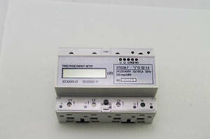 DIN Rail 230/400VAC 3 Phase Watt-hour KWH Energy Meters 50hz