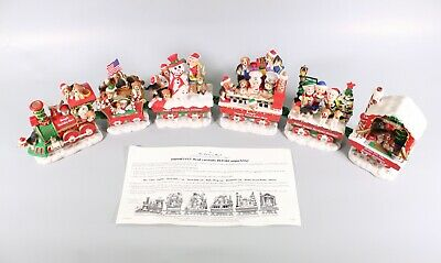 Danbury Mint The Beagle Holiday Rail Train Set 6 Piece Christmas Decor